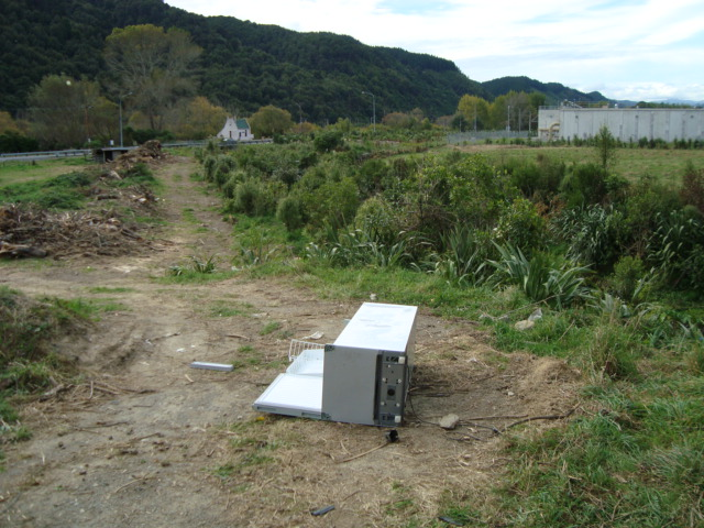 Refrigerator dumped at Hull Creek
