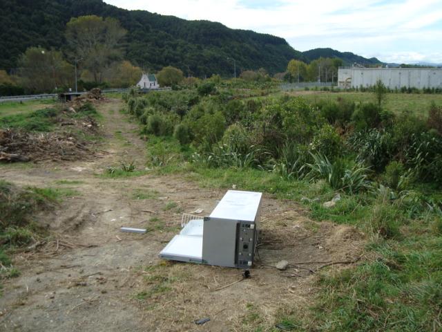 Refrigerator dumped at Hull Creek